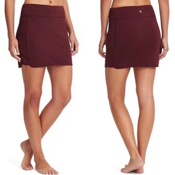 Athleta tech stretch Wander skirt